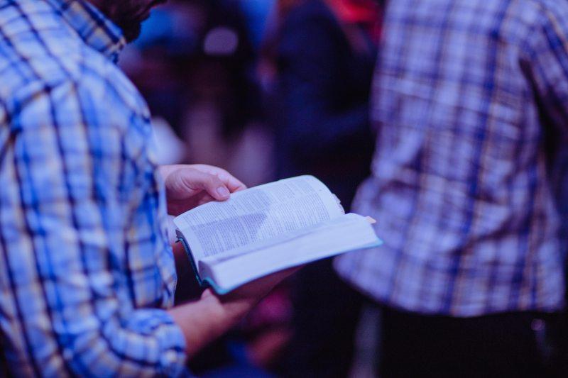 bible-focus-hands-2351717.jpg